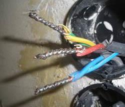 Правила электромонтажа электропроводки в помещениях. Черкесские электрики.