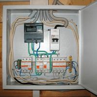 Монтаж, установка, замена, ремонт электрического щитка в Черкесске. Ремонт электрощита Черкесск. Индивидуальный квартирный электрощит в Черкесске